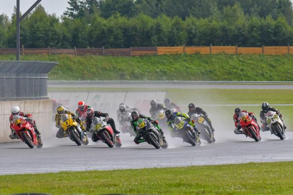 Superbike_start_14-07-2019_foto_EdgarSeemendi